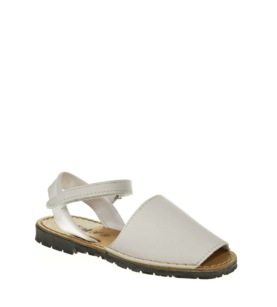 talla-menorquina-sandalias